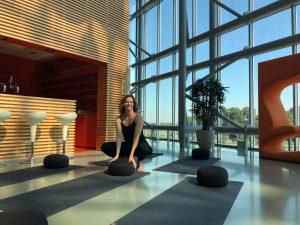 Bedrijfs yoga
